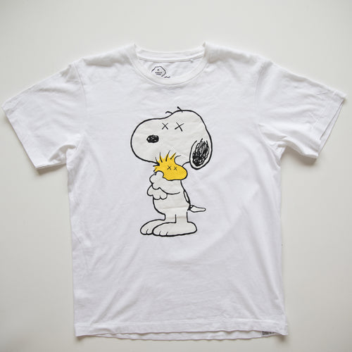 Kaws x Peanuts Snoopy Tee (Medium / USED)