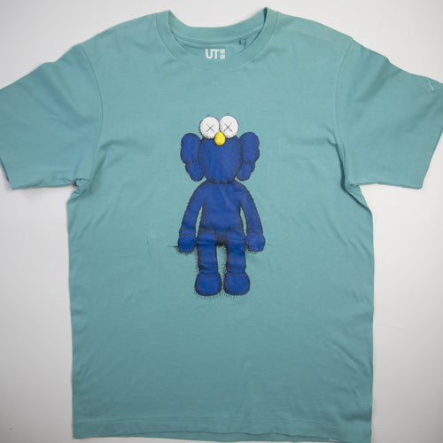 Kaws x Uniqlo Blue BFF Tee Teal (Medium / USED)