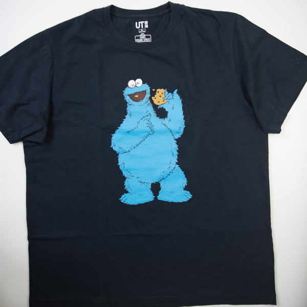 Kaws x Sesame Street Cookie Monster Tee Navy (XL / USED)