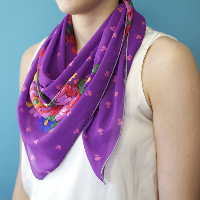 PURPLE PIRUQHIAT SCARF