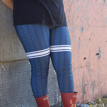 QAMUTIIT HERRINGBONE LEGGINGS (BLUE)