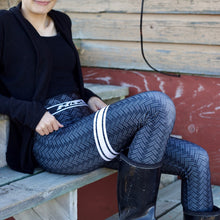 QAMUTIIT HERRINGBONE LEGGINGS (BLACK)