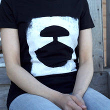 DISTRESSED ULU T-SHIRT