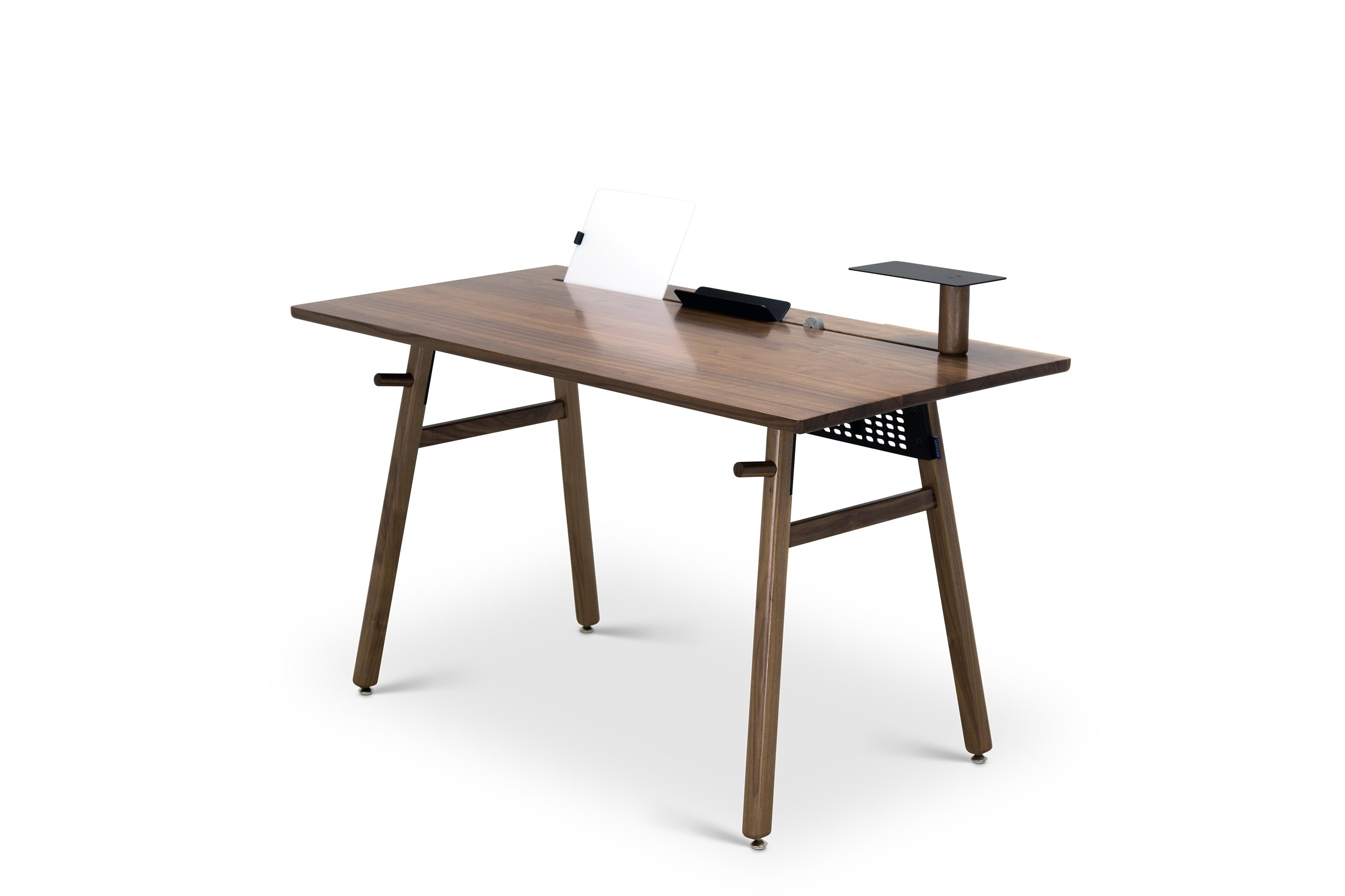 Walnut modern desk that adapts to your needs to create a minimal workspace