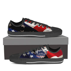 VETERANS - NEVER FORGET THEIR SERVICE Men's Low Top Canvas Shoe Black/White