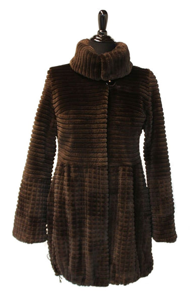 "32"" Chocolate Sheared and grooved Beaver, Wing Collar, Straight Sleeves"