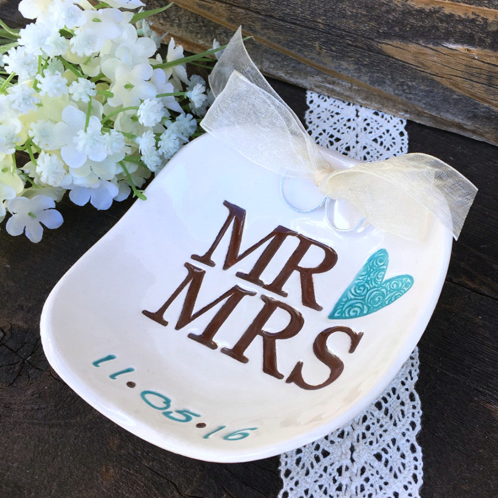 Mr & Mrs Personalized Ring Bearer Bowl - Say Your Piece!