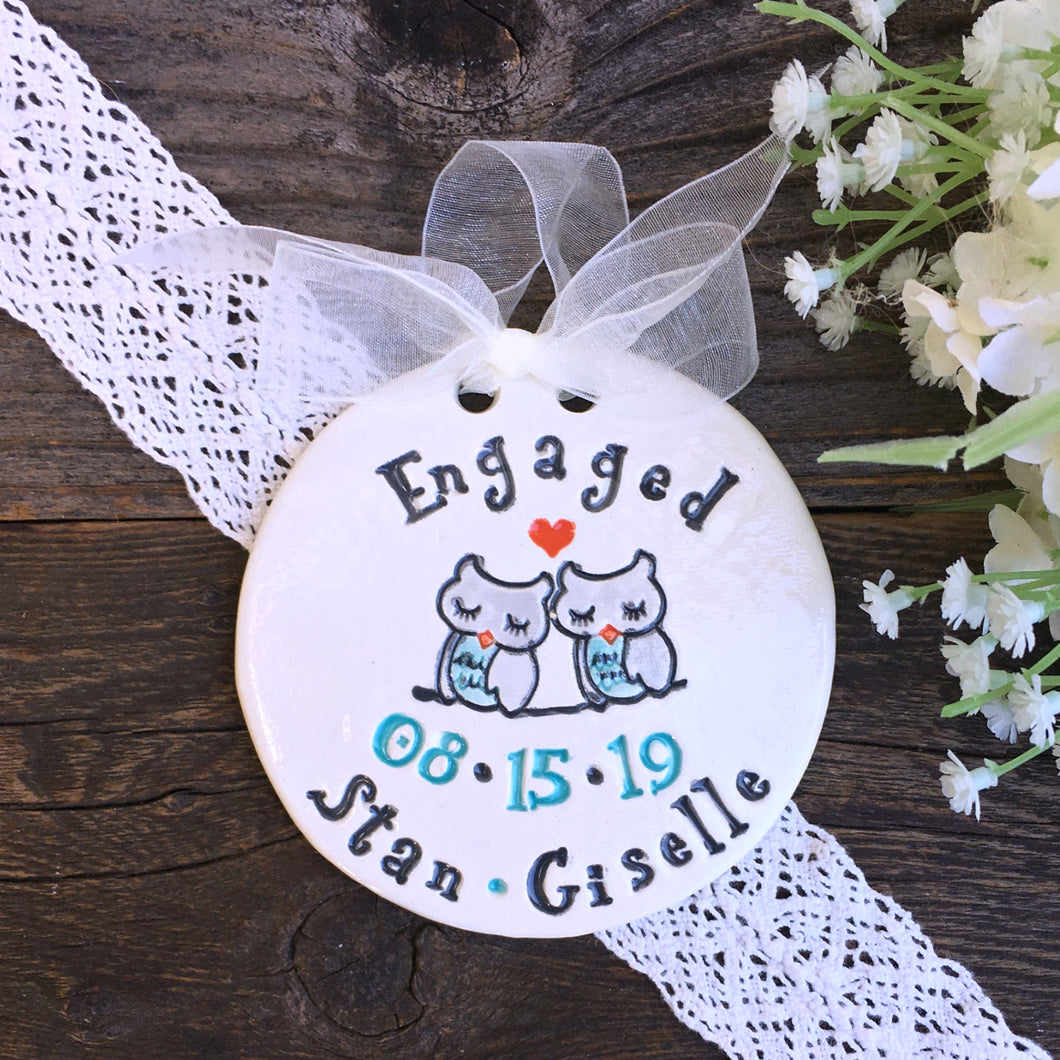 Owl Couple Personalized Wedding Ornament - Say Your Piece!