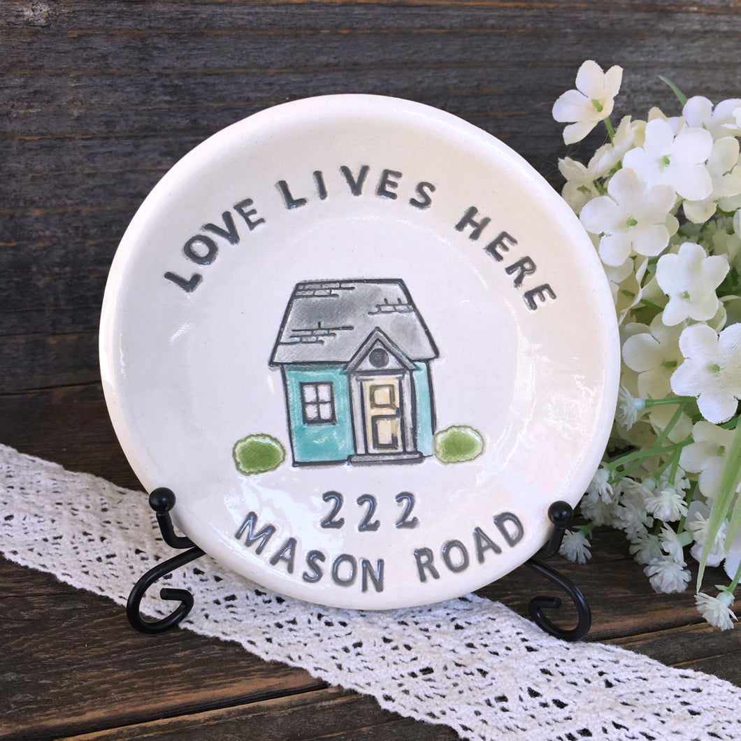Love Lives Here Personalized Housewarming Gift Dish - Say Your Piece!