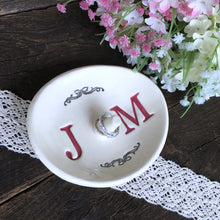 Oval Monogrammed Ring Holder - Say Your Piece!