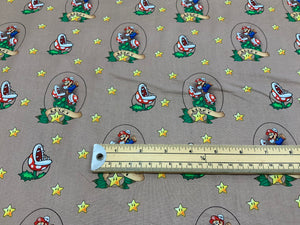 LFE20 Super Mario -Lucky Mario-Fabric on brown