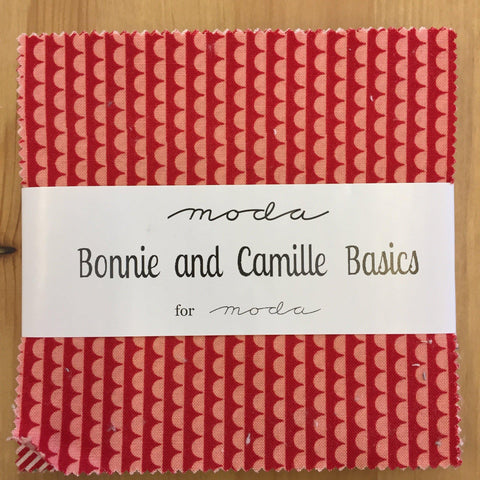 Moda Charm Pack, Bonnie & Camille basics-Jelly Roll-Fabric Mouse-Fabric Mouse