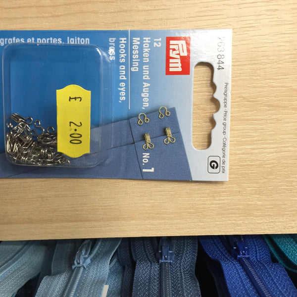 Prym brass hooks and eyes No1- 263844-Fabric Mouse-Fabric Mouse