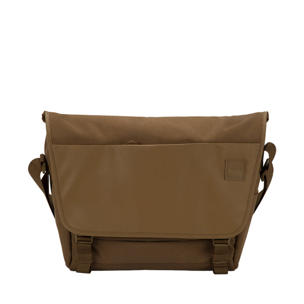 buy incase compass messenger bag for macbook upto 15
