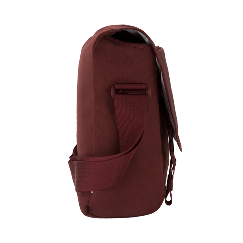 the place to get genuine incase compass messenger bag for macbook upto 15 inch deep red free shipping australia wide Australia Stock