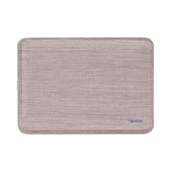 Shop Australia stock INCASE ICON TENSAERLITE SLEEVE W/ PERFORMAKNIT FOR MACBOOK PRO 13 INCH (USB-C)/AIR 13 INCH (USB-C) - PINK with free shipping online. Shop Incase collections with afterpay