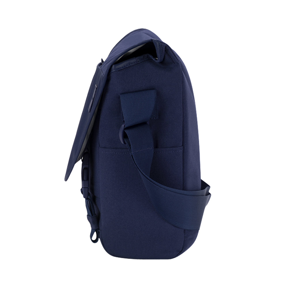 the place to buy incase compass messenger bag for macbook upto 15 inch navy blue color free shipping australia wide  Australia Stock