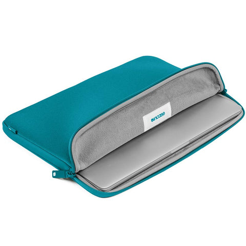 INCASE NEOPRENE CLASSIC SLEEVE FOR 13-INCH MACBOOK AIR / PRO RETINA - PEACOCK