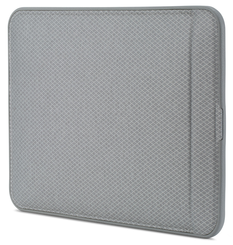 get your incase icon sleeve with diamond ripstop for macbook pro 13 inch (usb-c) - grey Australia Stock