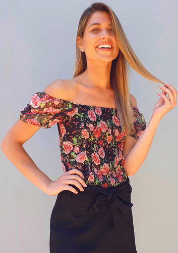 LA0407SS Rose Print Top (Pack) On Sale