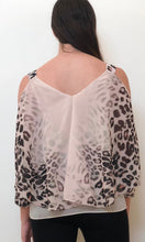 YW17058SS Cold Shoulder Pink Leopard Print Top (Pack)