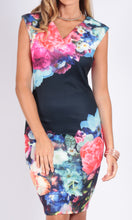 Bright floral printed and fitted v neck dress.
