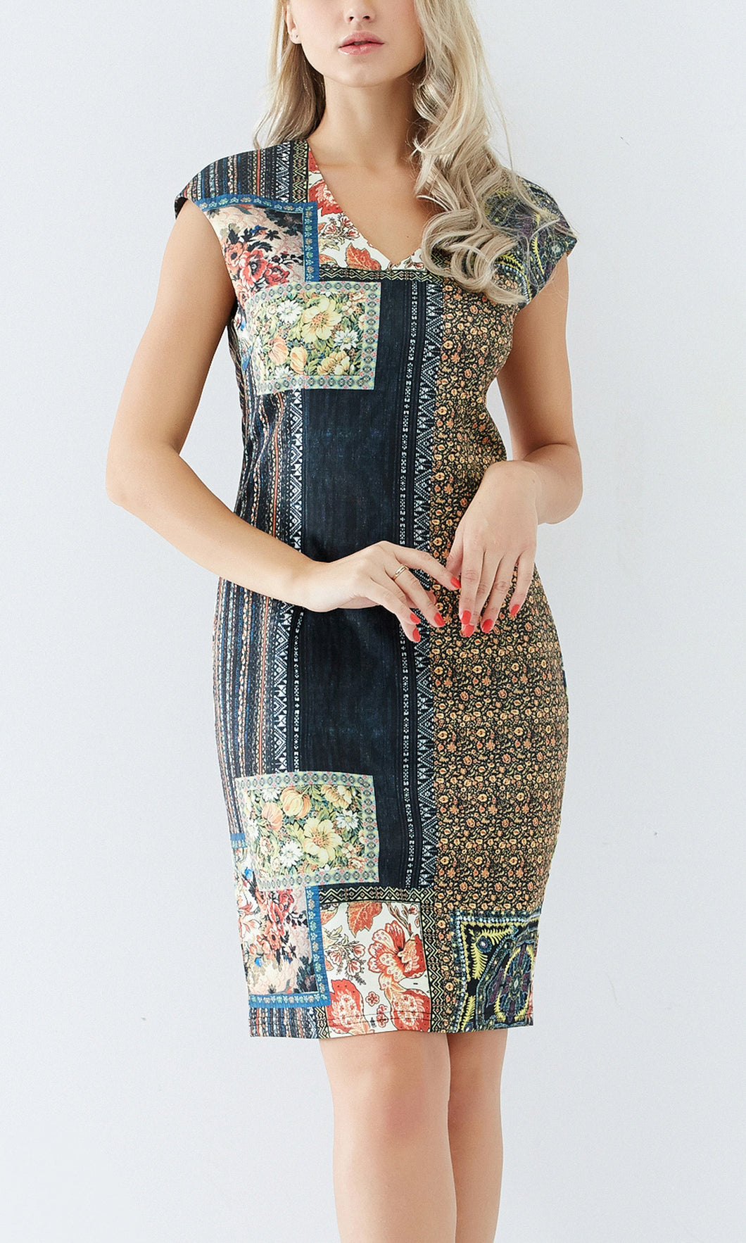 Tapestry Print Extended Sleeve Dress