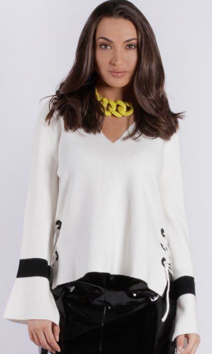 ZW16465SS V Neck Side Lace Sweater (Pack) New Arrival