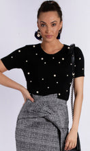 Short Sleeve Pearl Embellished Knit Top