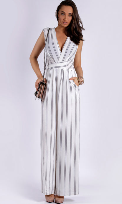 RV0886SS WRAP FRONT JUMPSUIT (Pack)