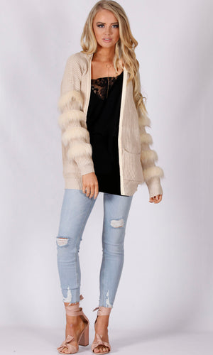 6011SS Knitted Cardigan with Fur Trim Sleeves (Pack)