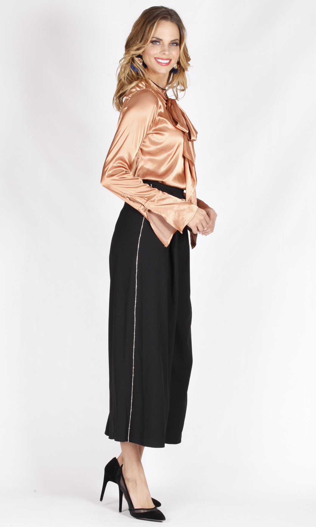 YW1874SS Copper-Gold Satin Long Sleeve Top (Pack)