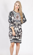 HS6002-16SS Feather Printed Long Sleeve Tunic (Pack)