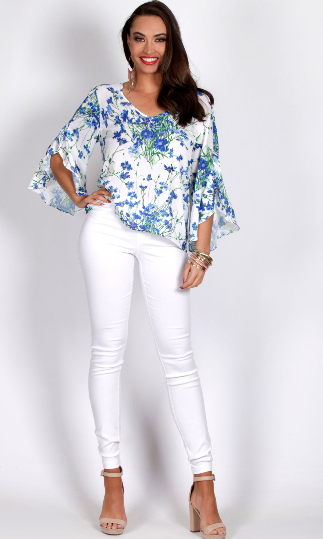 RV0998-4TB RELAXED RUFFLE BLUE BLOSSOM TOP (Pack)