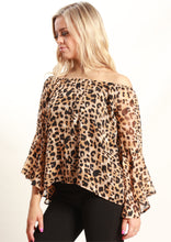 XW16118-3SS Off Shoulder Leopard Print Top (Pack)