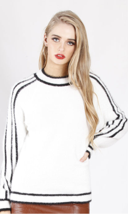 506SS White Knit With Black Line Detailing(Pack) On Sale