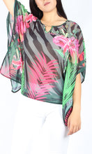 VS7233-2NC Palm Tree Print Batwing Top (Pack)