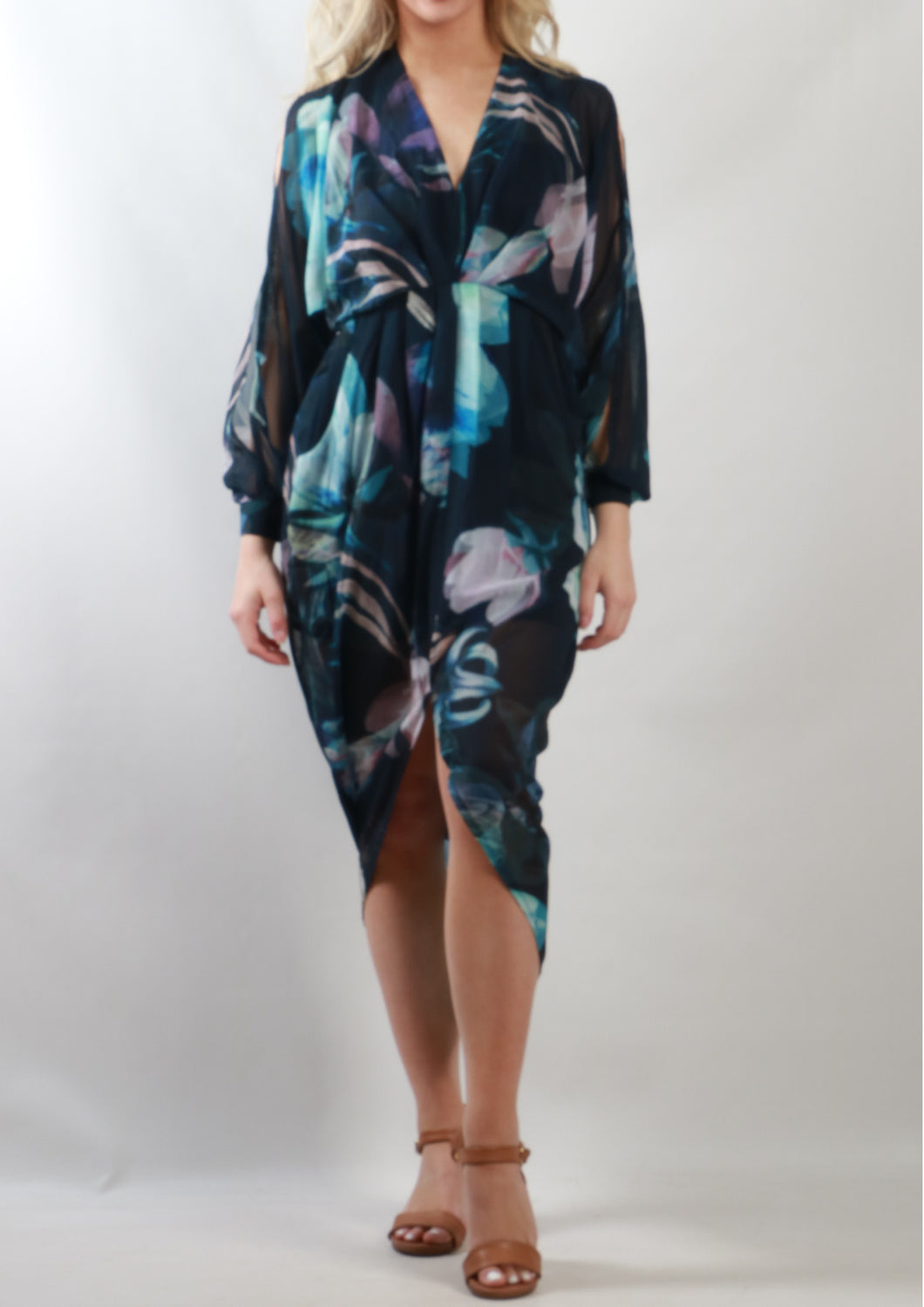 RV0078-37SS Smokey Floral Tulip Dress (Pack)