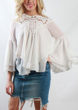 YW2210SS Ruffle Sleeve Lace Top (Pack)