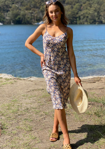 LA0670-2SS Floral Slip On Dress (Pack) New Arrival