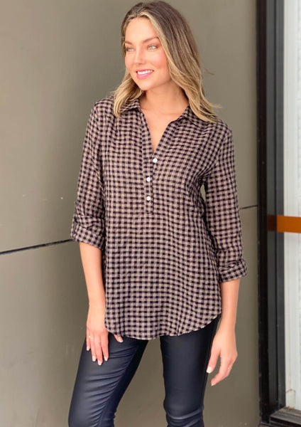 XW20428-1SS Gingham Button Front Top (Pack)