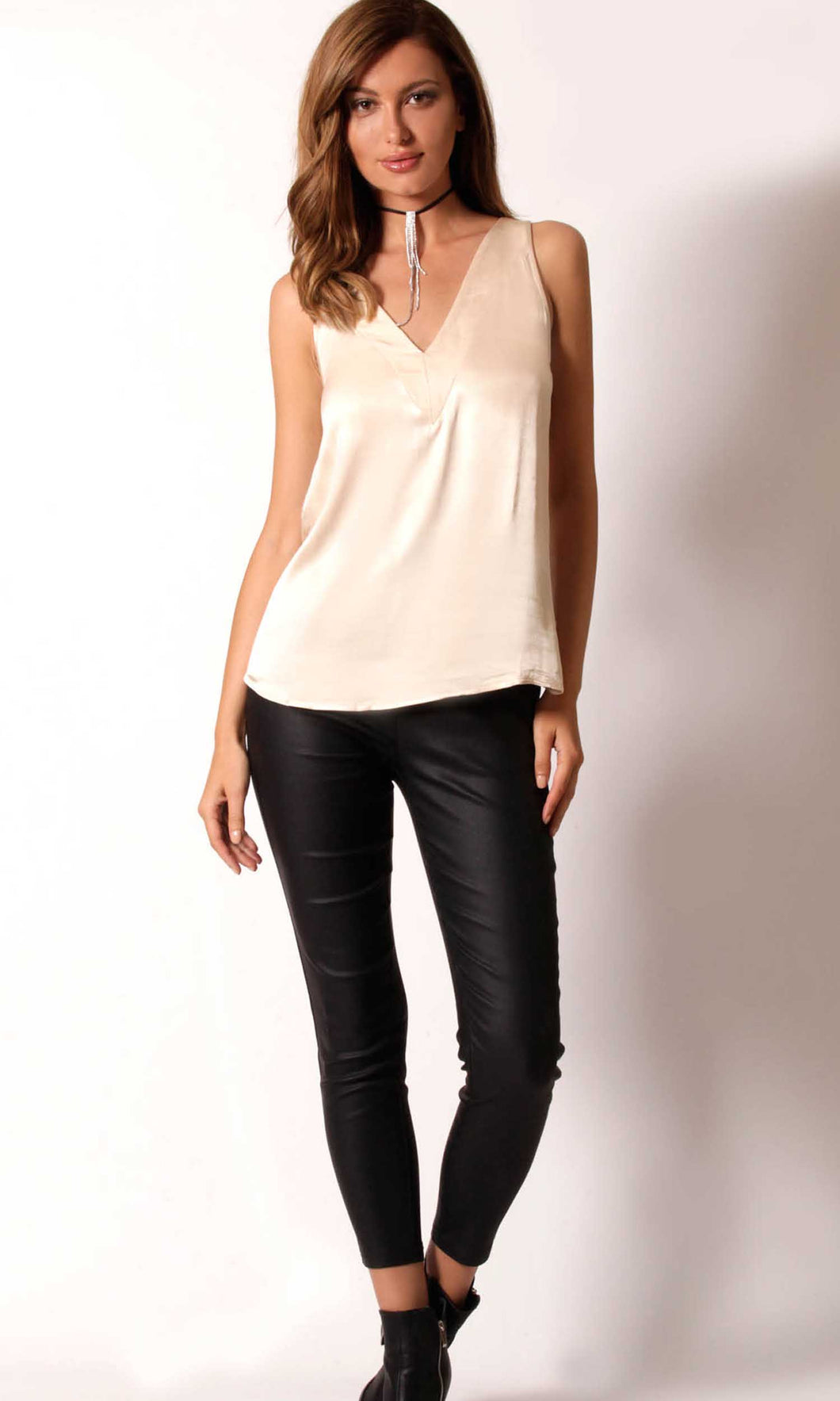 WV039SS Shiny V-Neck Top (Pack) On Sale