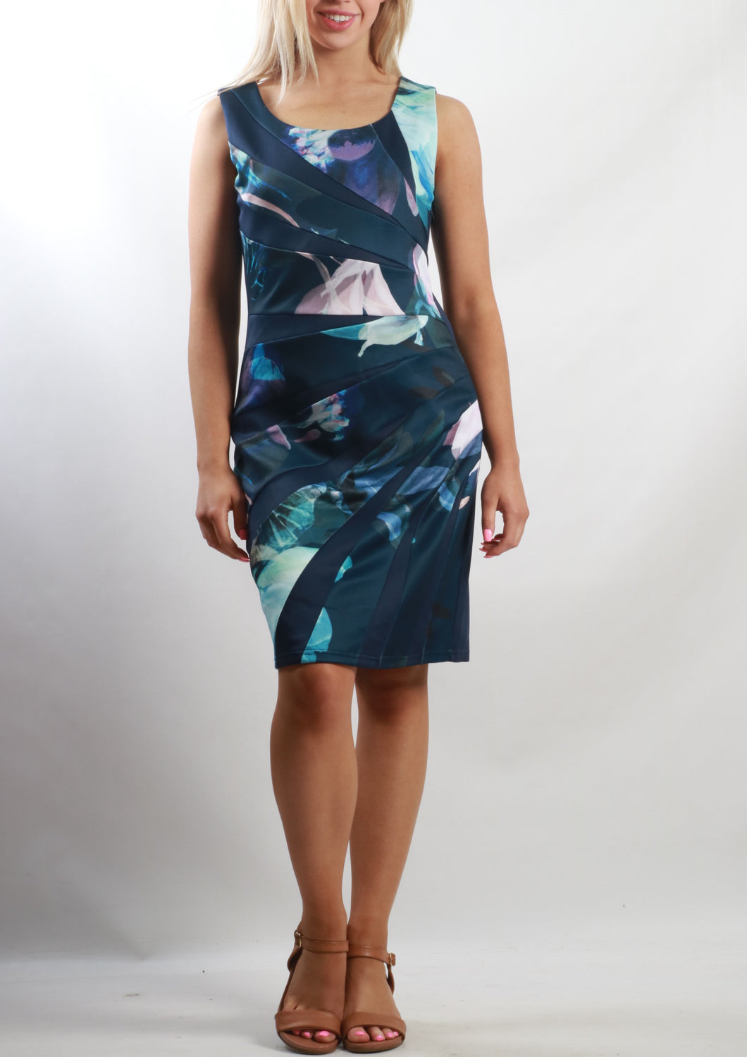 BS312053-40TB Panel Print Dress (Pack)
