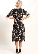 VS7245-2TB Floral Wrap Dress (Pack) New Arrival