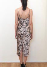 VY00223-1SS  Leopard Print Cowl  Neck Slip Dress (Pack)