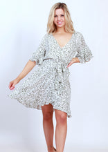 XW16260SS Printed Ruffle Sleeve Wrap Dress (Pack)