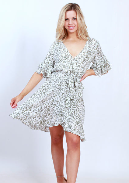 XW16260SS Printed Ruffle Sleeve Wrap Dress (Pack) New Arrival