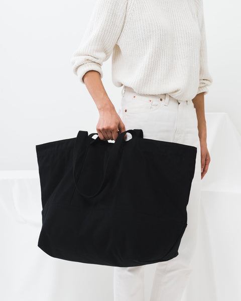baggu, baby Black Weekend Bag - when we wear young