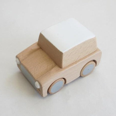 Natural/White Classic Wind up Car