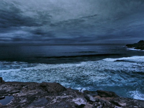 Winter Surf, Bronte Beach, Sydney Australia